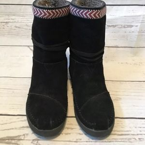 Toms Shoes - TOMS Nepal Black Suede Boots Braid Trim Size 7